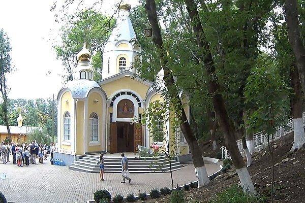 Храм Иконы Божьей Матери Живоносный Источник