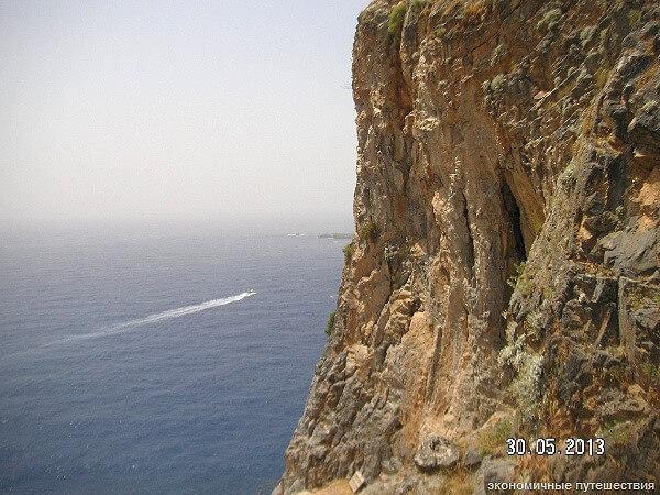 Сид на море сверху