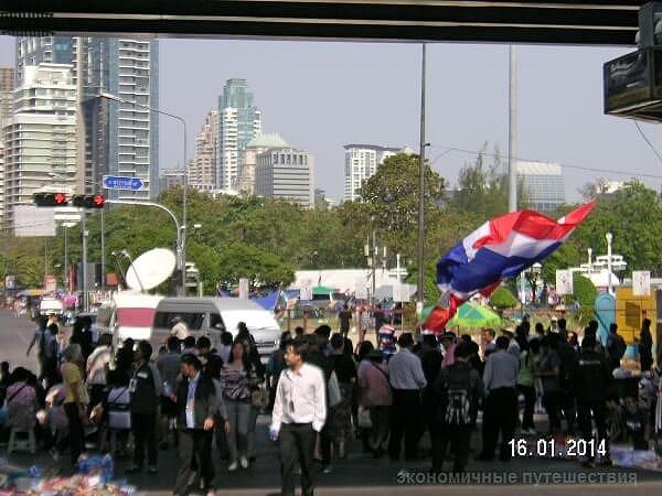 bangkok-revolutsiya-ili-первомай